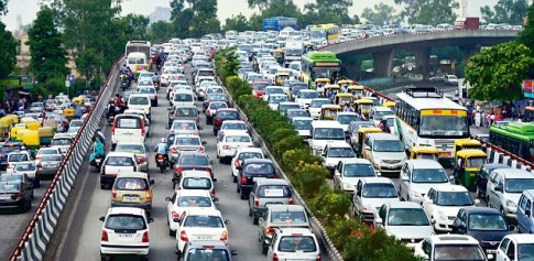 Traffic jam at Nehru nagar in Delhi on Tuesday 20 August 2013. Photo by K. Asif